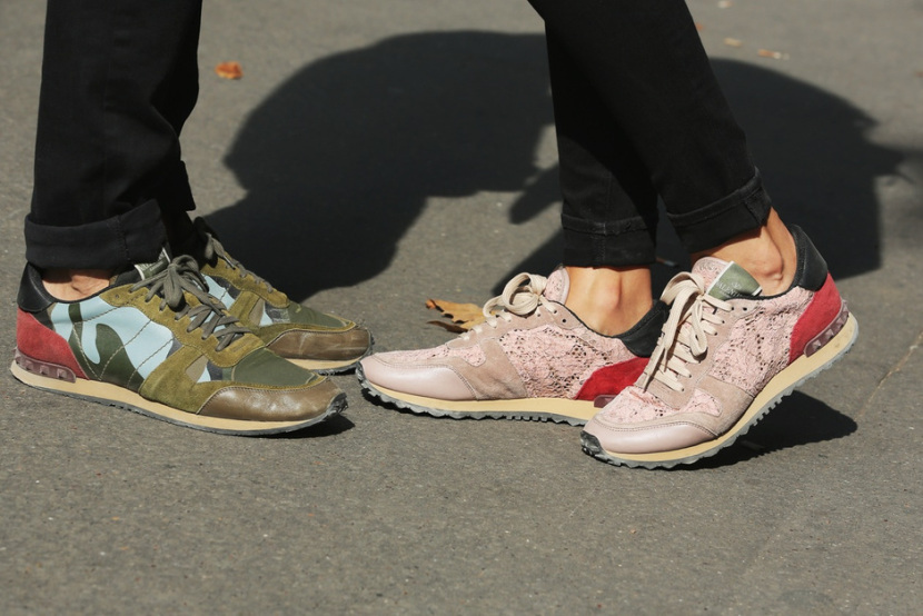 valentino-lace-sneakers-street-style