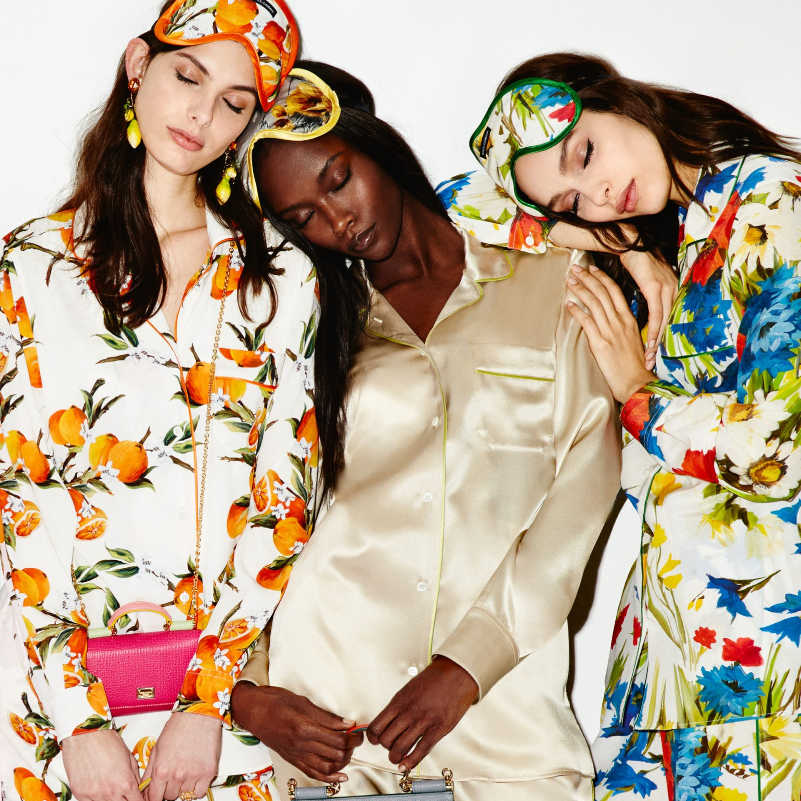 dolce-and-gabbana-summer-2016-women-pyjama-special-collection-01-1600x1600